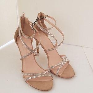 NWOT Chinese Laundry Los Angeles Gemstones heels